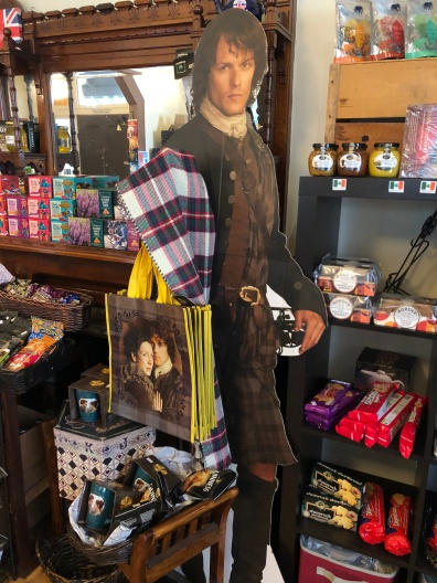 Jamie Fraser visits Mrs. Muir's Tea House