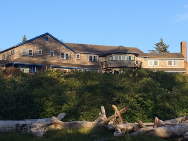Kalaloch Lodge as it overlooks the ocean